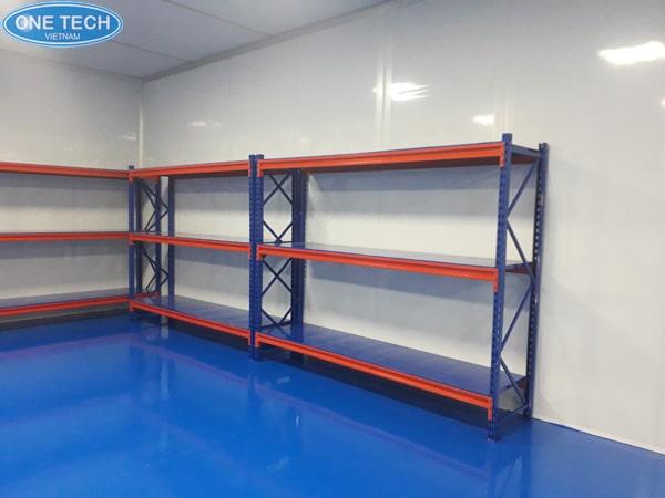 Chọn mua giá kệ kho hàng trung tải trực tiếp tại các đơn vị sản xuất để tiết kiệm chi phí